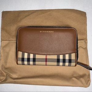 Burberry Wallet : Brown Horseferry